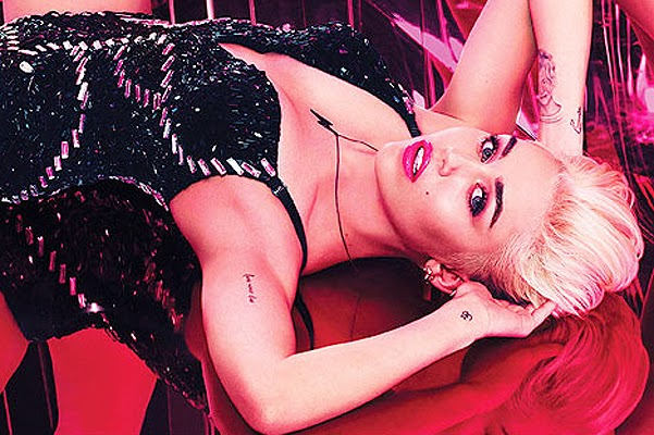 2014-Miley Cyrus for MAC Viva Glam