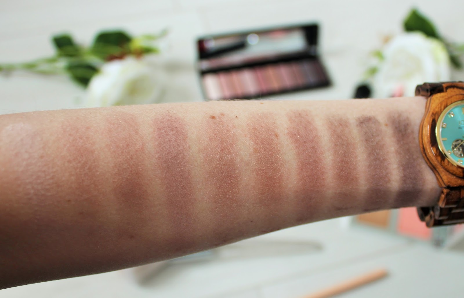 E.l.f. Cosmetics 8 - Nude Rose Gold Eyeshadow Palette