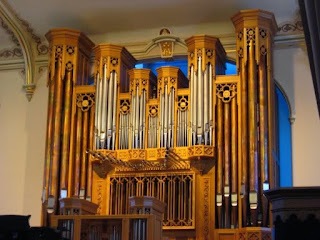 Assembly Hall organ