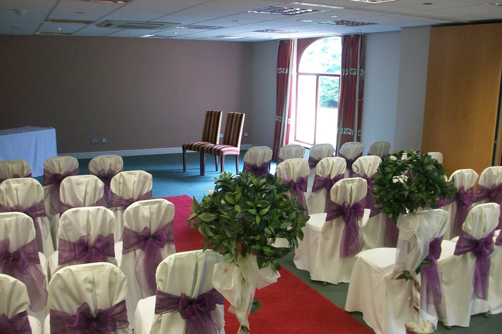 wedding chair covers warrington heavy duty gas lift floral design for weddings and events the aubergine calla