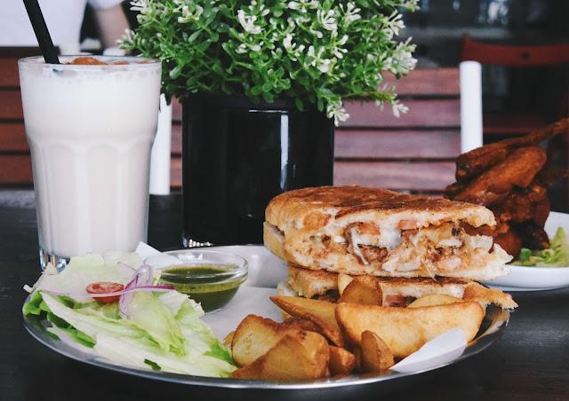 漫高三明治 鮮蝦野菇三明治