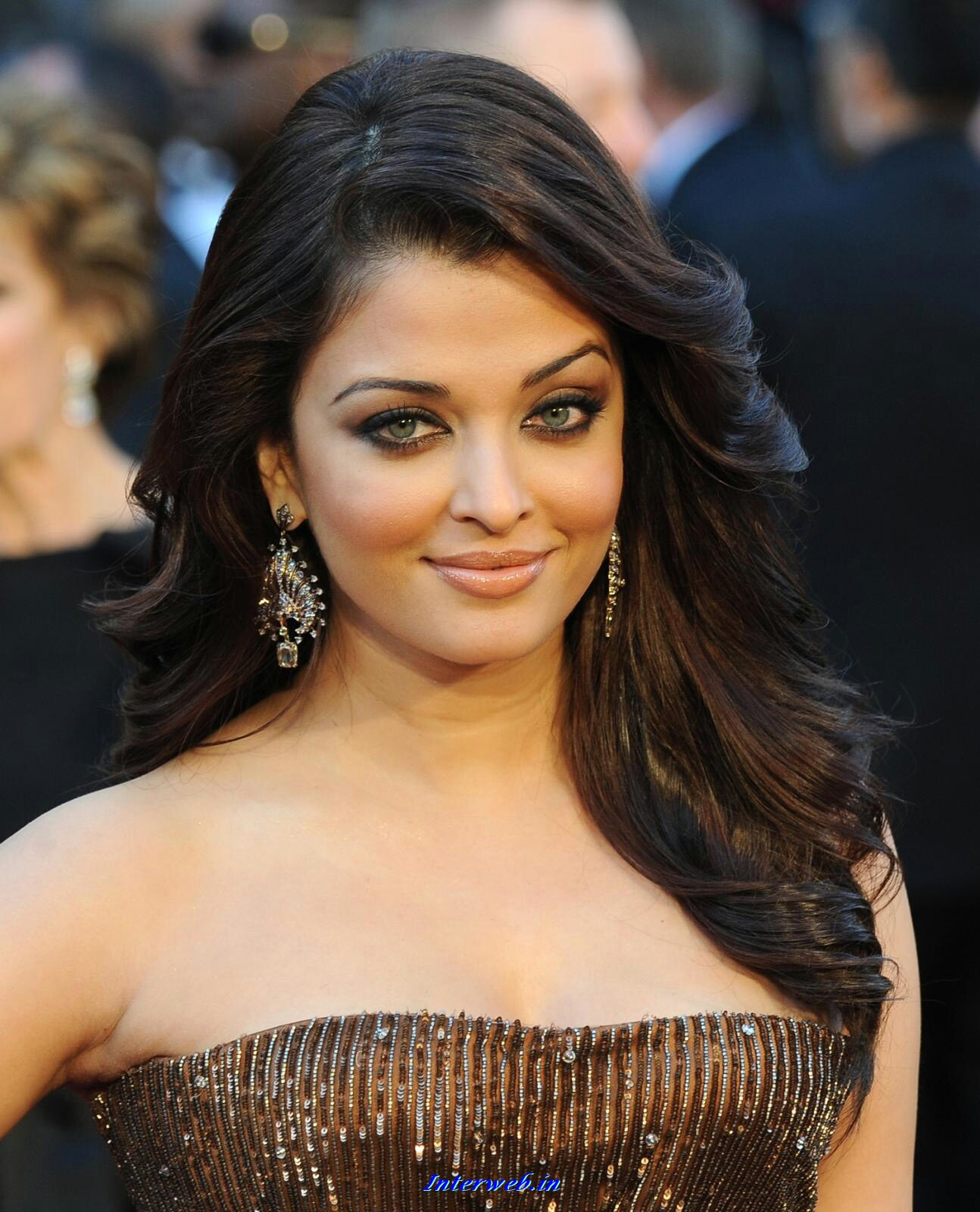 Indian Film Actress Profiles Biodata Aishwarya Rai -5831