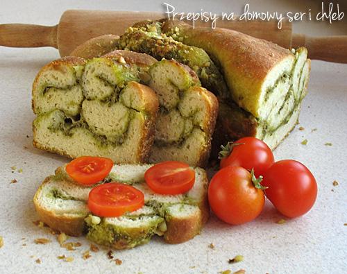 Chlebek z pesto