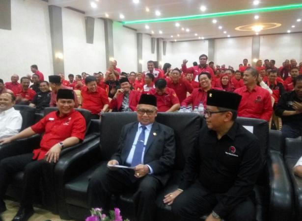Zaini Abdullah: Saya Gubernur Aceh dan Akan Kembali Menjadi Gubernur
