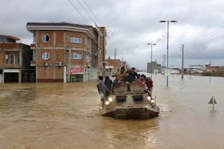 Banjir di Negara Syiah Iran Kian Parah, 62 Orang Tewas