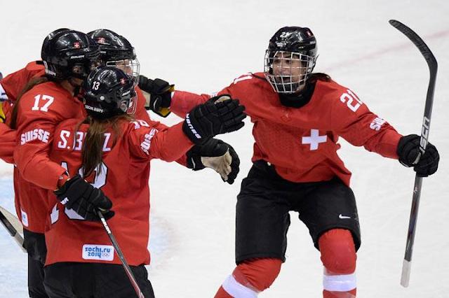 La selección femenil de Suiza de Hockey sobre hielo gana la medalla de bronce en los Juegos Olímpicos de Invierno de Sochi 2014