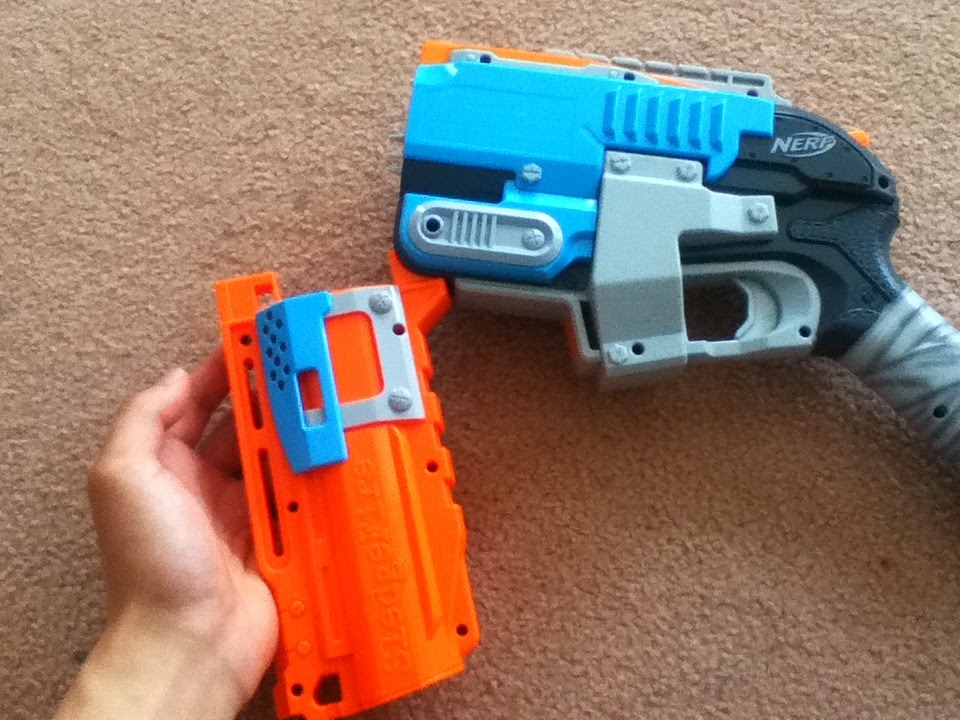 Outback Nerf Review Nerf Zombie Strike Sledgefire Grey Trigger