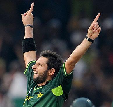 Shahid Afridi Pakistan Cricket Batsman HD Wallpaper