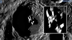 Ho trovato questa struttura al centro di un cratere sulla luna