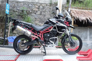 For sale #triumptiger800xc ABS 2014 red frame (special edition color) arrow exhaust