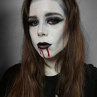 https://shirleycuypers.blogspot.com/2018/10/vampire-look-tutorial.html