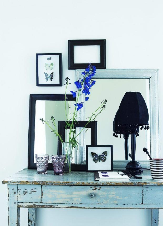 Decora con espejos para agrandar la habitaci n decora y - Como poner un espejo en la pared ...