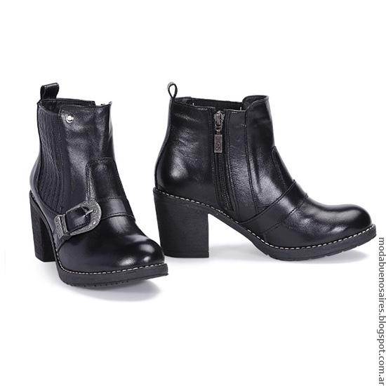 Zapatos otoño invierno 2016 moda. Viamo otoño invierno 2016 botas de cuero de mujer.