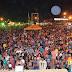 Cristiano Neves faz a festa de milhares de pessoas na primeira noite do 19º Festival do Açaí