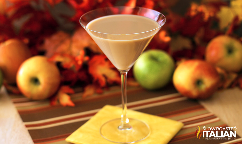 http://www.theslowroasteditalian.com/2013/10/Caramel-Apple-Pie-Martini-Ultimate-Fall-Cocktail.html