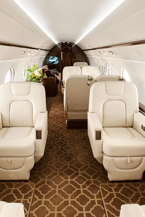 Image: Pinterest Community – Interior of Luxury Private Jet