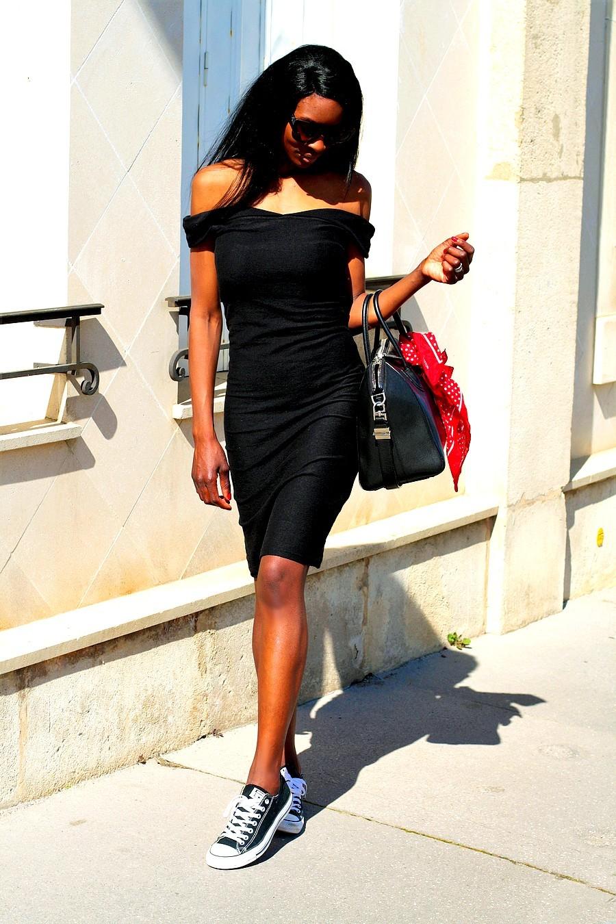 idee-look-tendance-sexy-glamour-avec-robe-noire