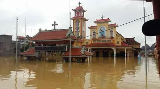 Toàn cảnh lũ lụt tại Ninh Bình và hoạt động cứu trợ tại Thanh Hoá - Ảnh minh hoạ 2