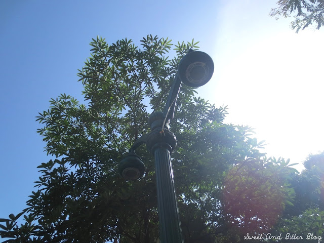 Green Street Lights inside Fort in Moti Daman