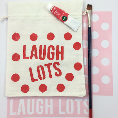 DIY Craft: Paint Your Own Fabric Bag