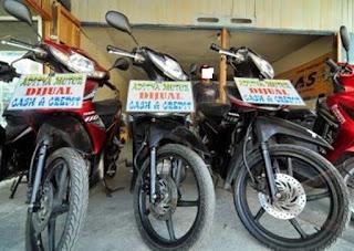 bahkan di kota sekecil apapun pasti ada showroom penjualan motor bekas atau bahasa kerenny Tips Membeli Motor Bekas Berkualitas Baik