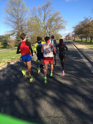 Wilson Komen leading a pack of runners on Hains Point