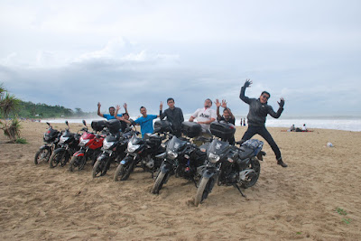 touring bandung sawarna dengan motor