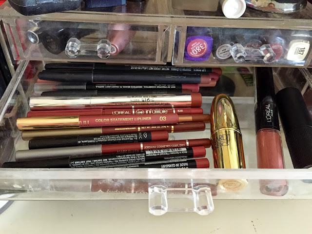 Storage, Acrylic, Lipliner, Makeup, MAC, Gerard Cosmetics, Loreal, Red Apple Lipstick