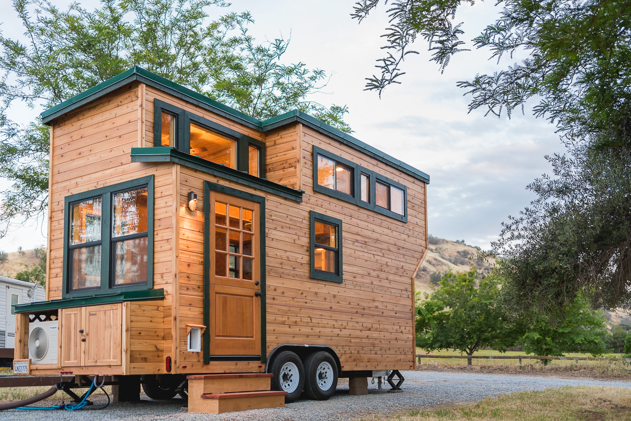 Tiny house town california tiny house 1 for Building a little house
