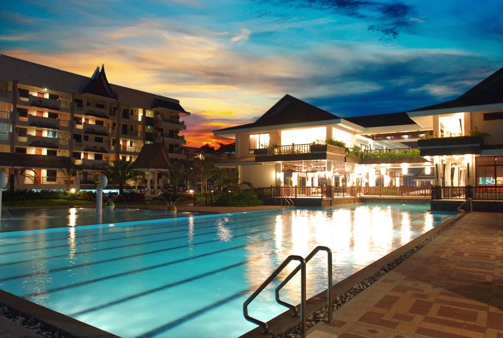 Royal Palm Residences Lap Pool