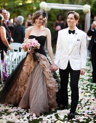 robe-mariage-noire-champagne.jpg