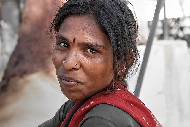 19वीं शताब्दी में  भारतीय नारी से सम्बंधित अनेक सामाजिक कुरीतियाँ ,उनकी दशा तथा नारी-समाज सुधारक