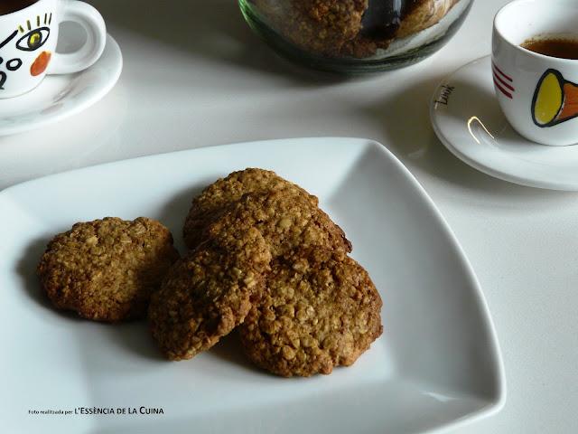 Galetes de Civada, Galletas de cebada, galetes de cereals, galetes integrals, l'essència de la cuina, blog de cuina de la sònia