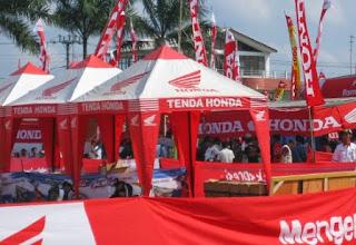 Kami Arwin Tenda Specialist Pembuatan Tenda Promosi, kami menawarkan Tenda Promosi dengan harga yang murah serta terjangkau.