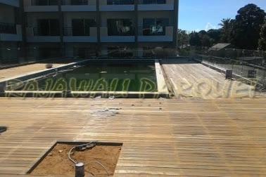 Pemasangan Decking Kayu Hotel Jalan Lotunduh Ubud Bali