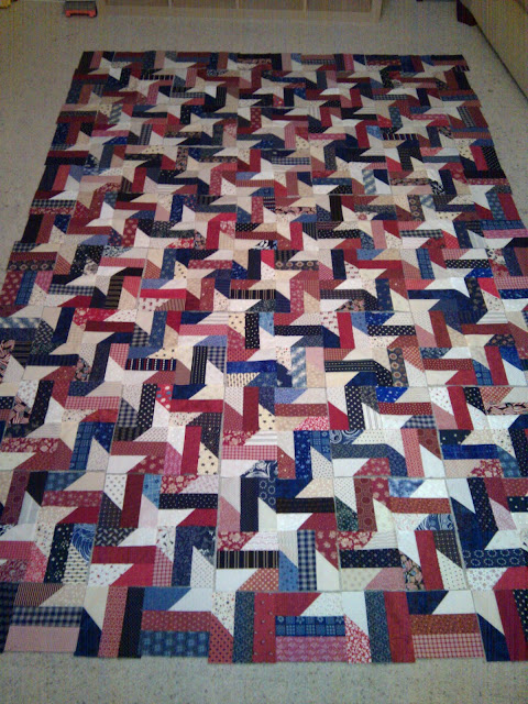 BabcoUnlimited.blogspot.com - Barbed Stars, Red White & Blue Quilt, Patriotic Quilt