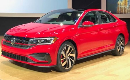 2020-Volkswagen-Jetta-red