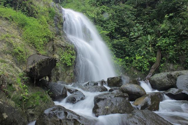 Curug Cigorobog - Eksotisme Air Terjun Bertingkat Tiga di Sumedang