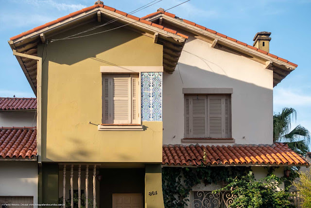 Azulejos na fachada