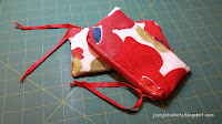 https://joysjotsshots.blogspot.com/2018/05/ikea-fabric-zip-pouch.html