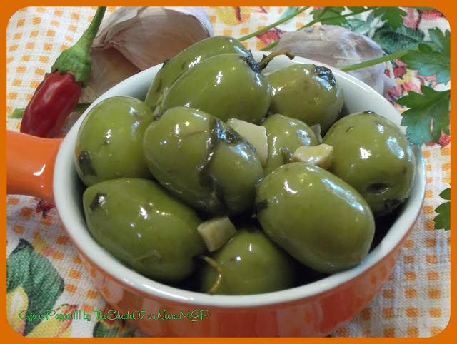 Immagine della ricetta Olive in verde - Olives in green