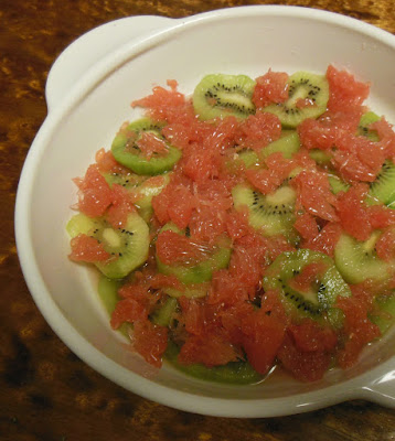 Kiwi and Grapefruit Winter Fruit Bowl
