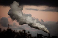 Steam and other emissions are seen coming from a power station in Wollongong, south of Sydney, Australia, Nov. 17, 2009. (Credit: Reuters/Daniel Munoz/File Photo) Click to Enlarge.