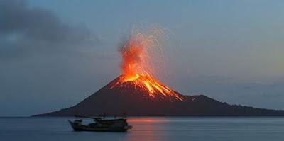 Sebutkan Dampak Positif Gunung Meletus