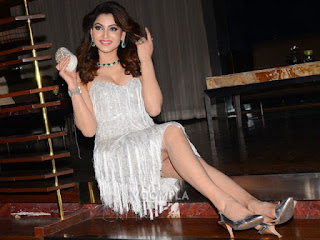 Urvashi Rautela Hot Legs And Sexy Smile
