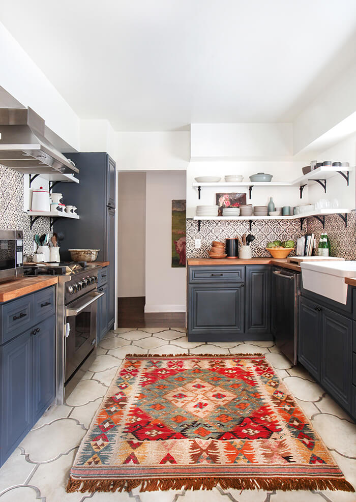 https://stylebyemilyhenderson.com/blog/spanish-california-home-the-kitchen/