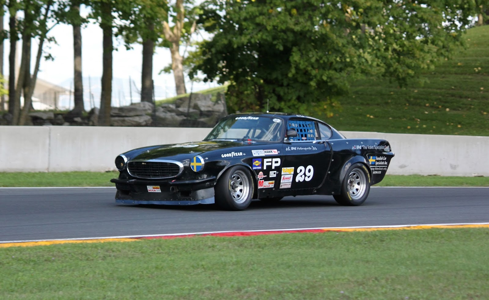 P and B Motorsports - Vintage Volvo Racing