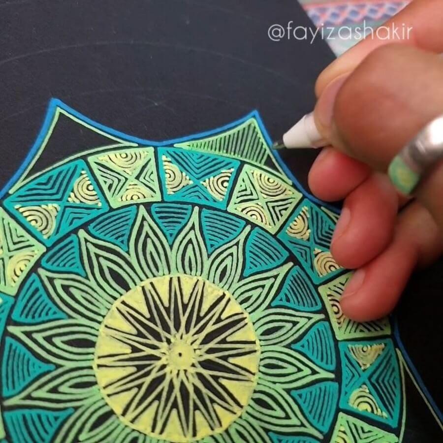 07-Fayiza-Shakir-Mandala-Art-www-designstack-co