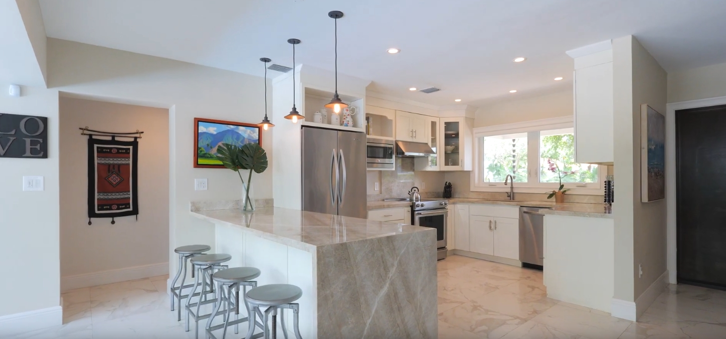 12 Photos vs. Property Showcase | 7830 SW 53rd Pl, Miami - High End Home & Interior Design Video Tour