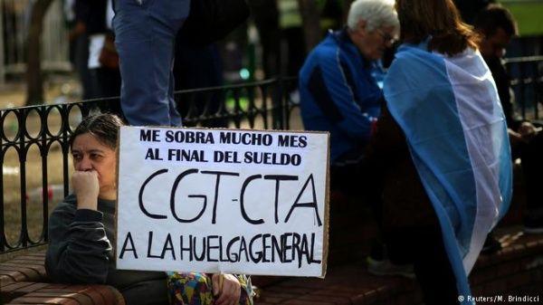 Gobierno de Mauricio Macri recibe por segunda vez al FMI